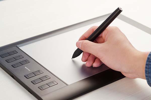 Графический планшет с дополнительными клавишами